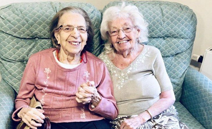 Story Time : Après presque 80 ans d'amitié ces deux meilleures amies décident d'emménager dans la même maison de retraite