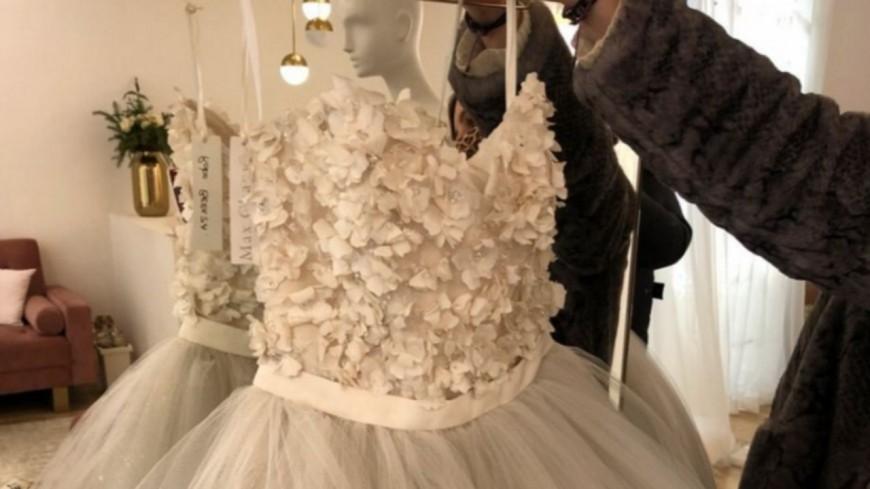 Mode :  Plus d'une centaine de robes de mariée et de cocktail signées Max Chaoul ont été mises en vente