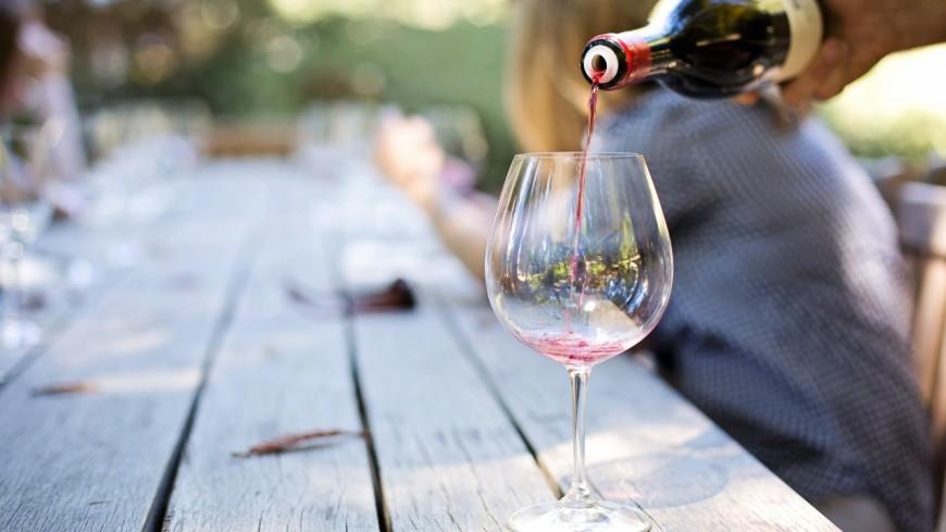 Alerte job de rêve : être payée 8.500 € par mois pour tester des vins et habiter dans un vignoble californien