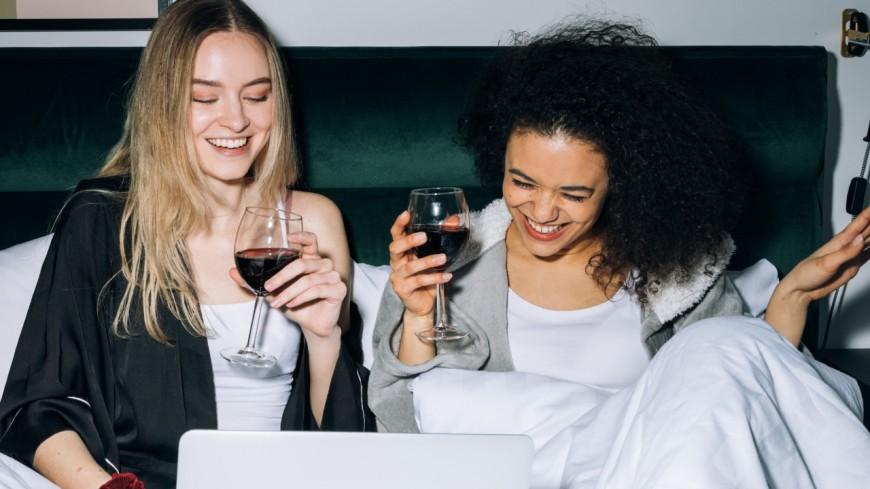 News : Boire deux verres de vin avant de dormir peut booster la perte de poids