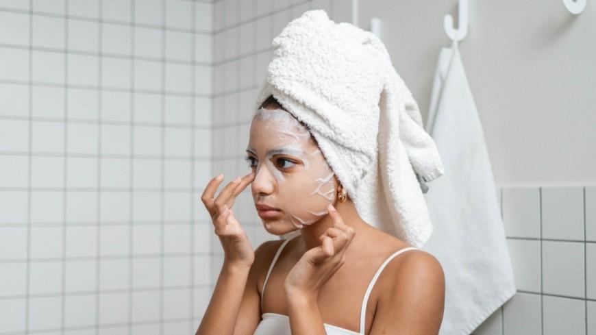 Massage visage maison pour prévenir les rides