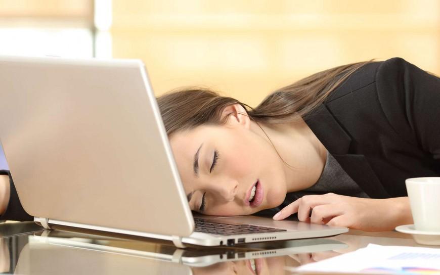 Confinement : Voici pourquoi on se sent fatigué alors que l'on ne fait presque rien de nos journées