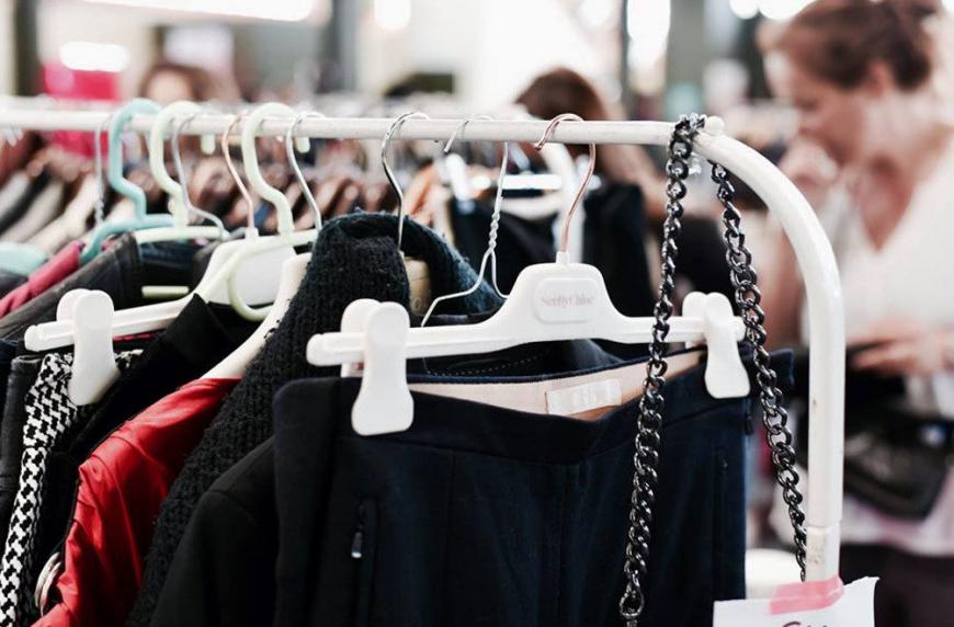 Violette sauvage : Le plus grand vide-dressing de France revient à Lyon !