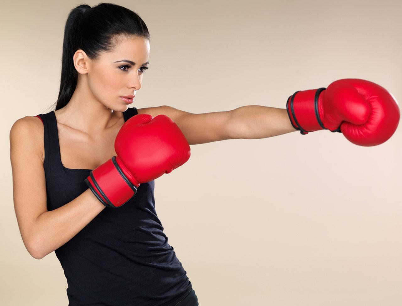 self defense feminine le nouveau sport des lyonnaises lyon femmes. Black Bedroom Furniture Sets. Home Design Ideas