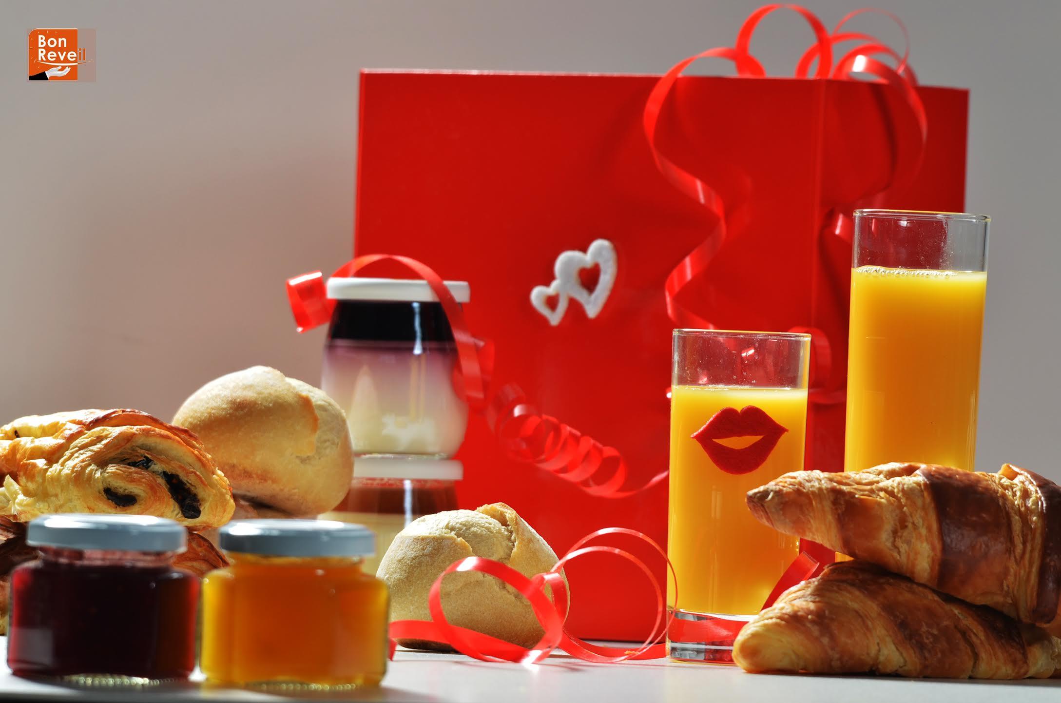 bon r veil vous offre une id e cadeau sp ciale saint valentin lyon femmes. Black Bedroom Furniture Sets. Home Design Ideas