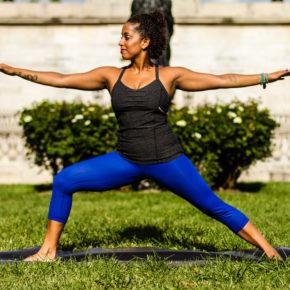 Yoga et bruch maison : le secret d'un dimanche réussi