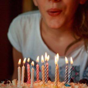 Fêter son anniversaire en confinement : astuces
