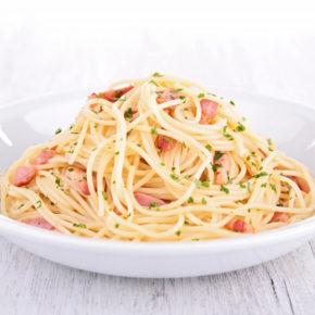 Cuisine : la véritable recette italienne des pâtes à la carbonara